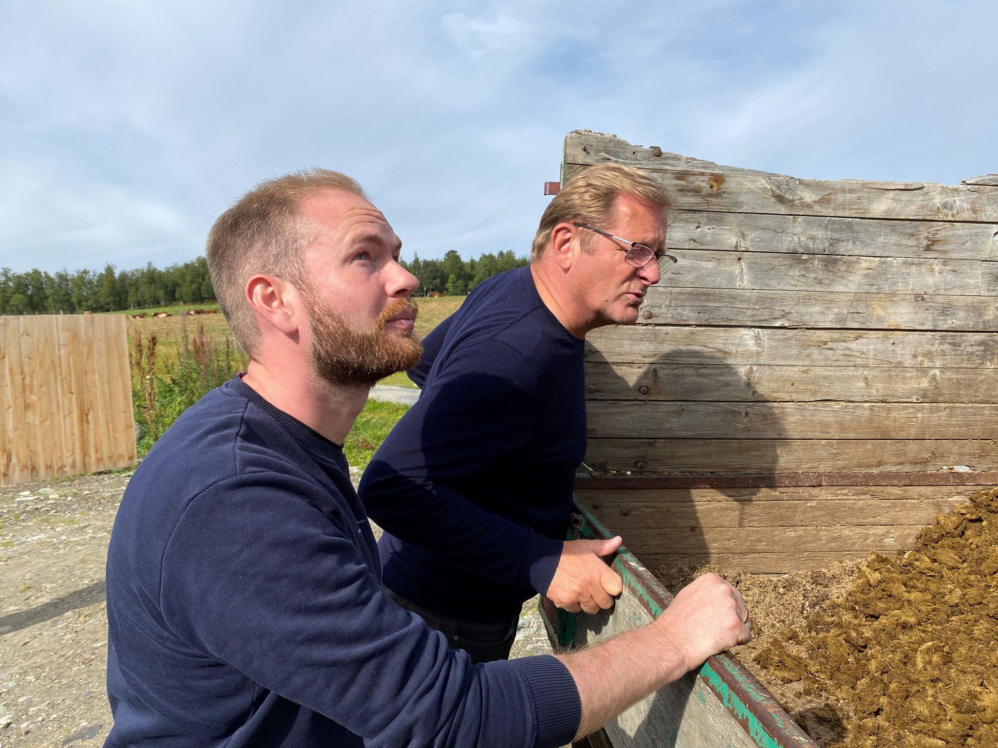 Jorodd Asphjell, andrekandidat for AP i Sør-Trøndelag, sammen med Røros-ordfører Isak Veierud Busch. Foto: Ren Røros.