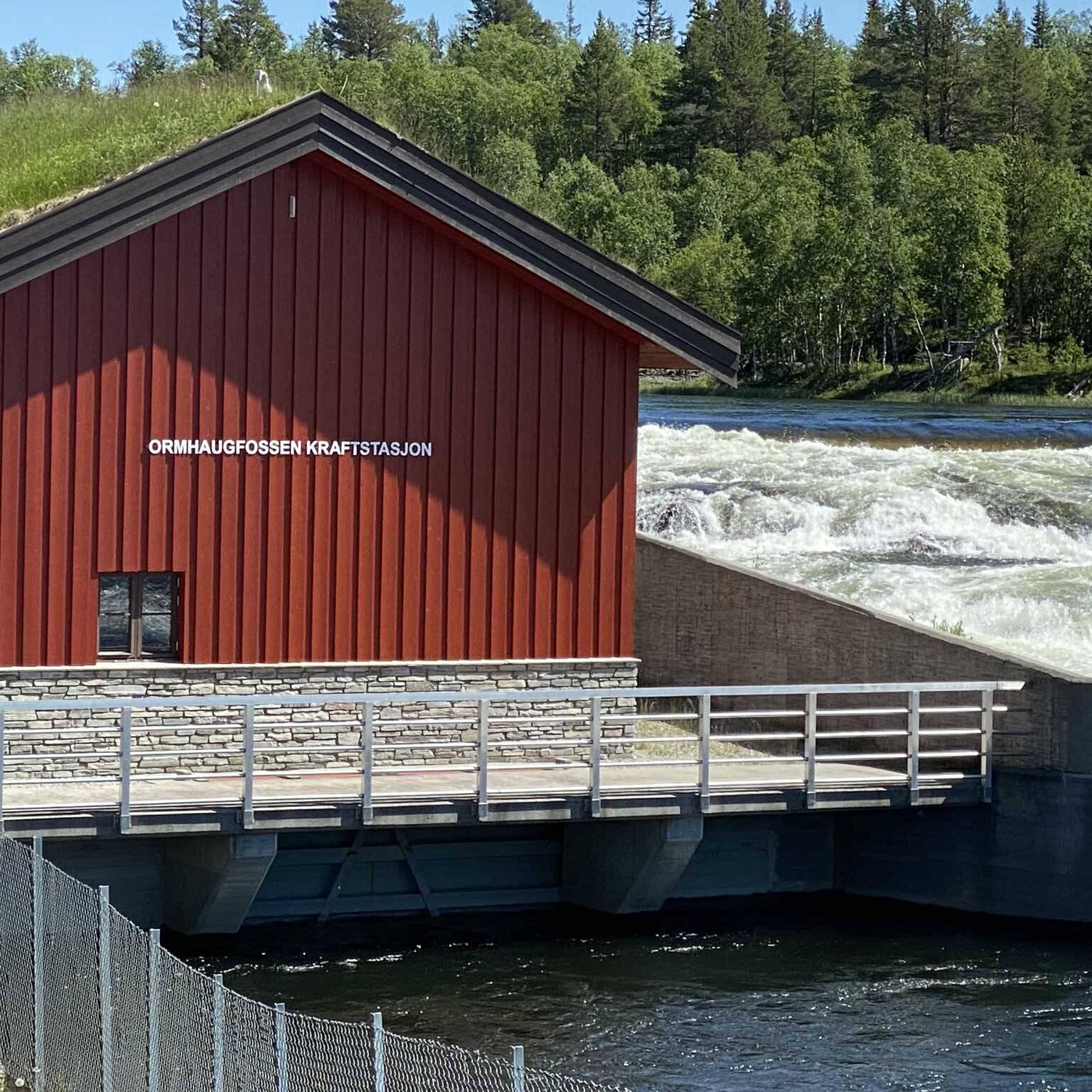 Ormhaugfossen kraftverk kom i drift i 2008, og har fått pris for skånsomhet i naturen. Ormhaugfossen produserer rundt 7 GWh årlig. Foto: Ren Røros